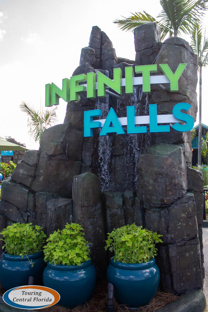 A Look Around Infinity Falls at SeaWorld Orlando - Touring